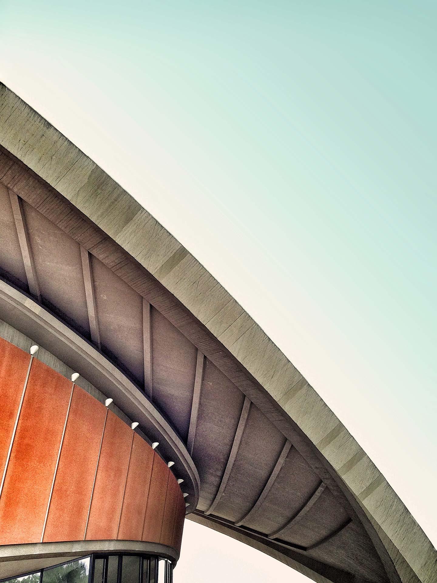 Dach von Fußballstadion
